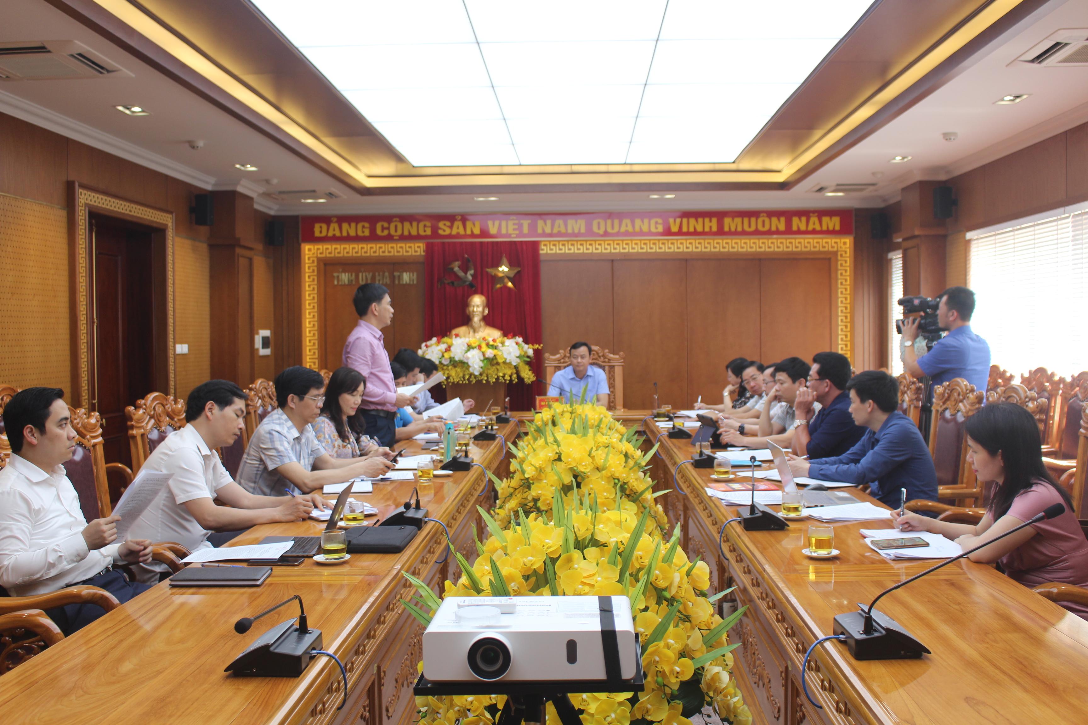 Các đại biểu dự họp