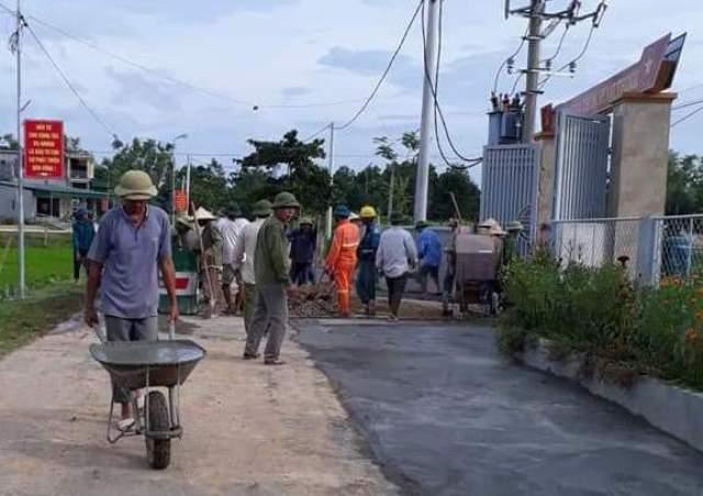 Hương Sơn vượt chỉ tiêu kế hoạch cứng hóa đường giao thông nông thôn năm 2018