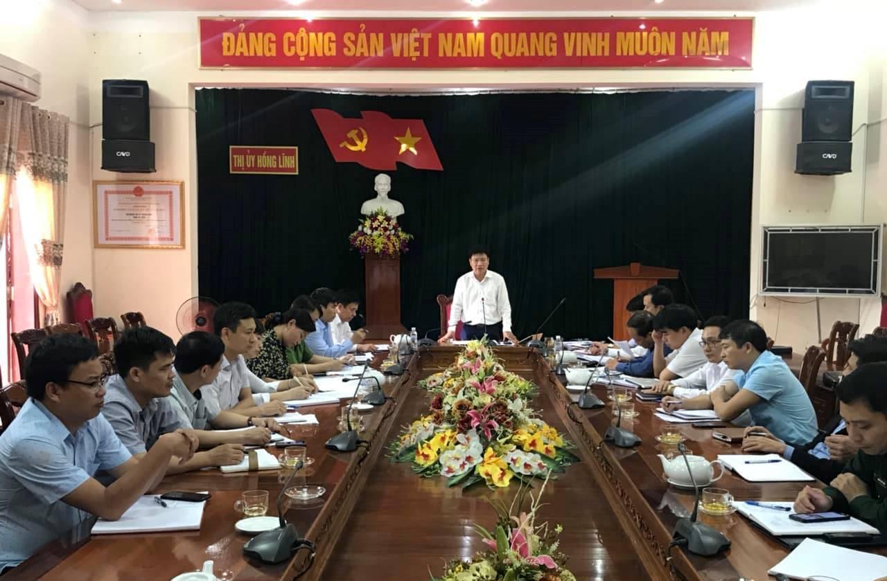 Đồng chí Đặng Thanh Hải, Tỉnh ủy viên, Bí thư Thị ủy phát biểu kết luận